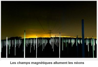 Le mystère des tubes néon s'allumant seuls sous les lignes HT